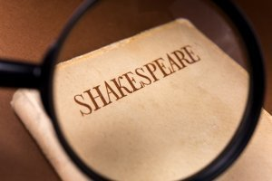 Shakespeare with magnifying glass