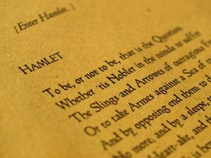 Hamlet to be or not to be